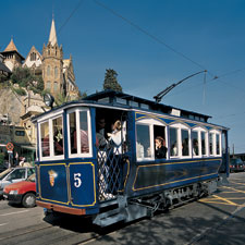 Sightseeing transport visit barcelona - Placa kennedy barcelona ...