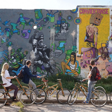 Barcelona Street Art Walking and Bike Tour