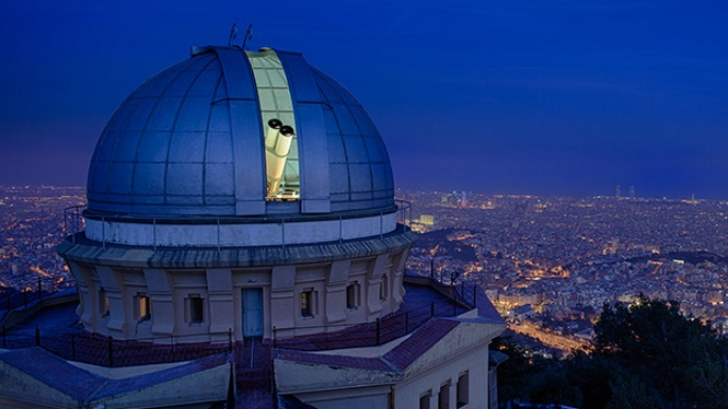 Dinner with stars at Observatori Fabra