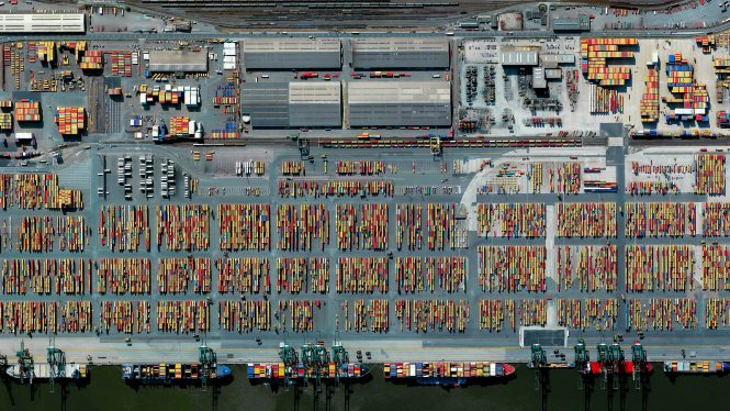 Port of Antwerp. Benjamin Grant / Satellite imagery