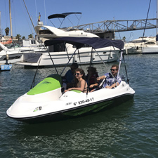 Licence-Free boat rental at Port Forum